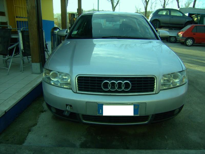 Audi a4 berlina anno 2001 autodemolizioni di ma vi for Lunghezza audi a4 berlina